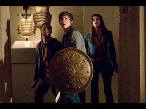 eGM2cmJyMTI=_o_percy-jackson---the-lightning-thief-2010---full---part-1