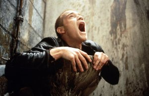 trainspotting_movie_image_ewan_mcgregor_01