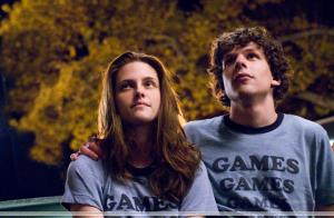 uhq-adventureland-stills-kris-looking-gorgeous-twilight-series-8217686-2560-1679