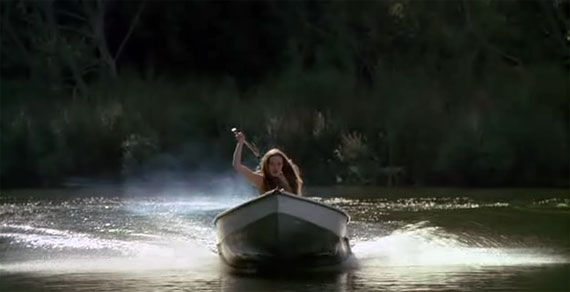 i-spit-on-your-grave-boat-axe